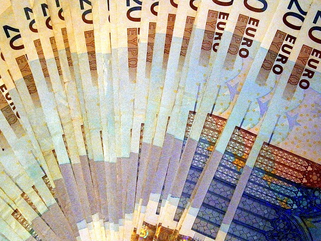 vějíř z bankovek